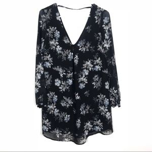 ASTR Floral Swing Dress Black long sleeve sm